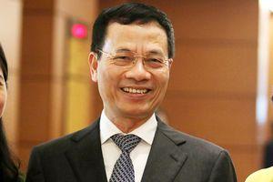 Trình Quốc hội phê chuẩn Bộ trưởng Bộ Thông tin Truyền thông với ông Nguyễn Mạnh Hùng