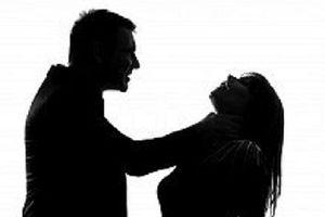 Tạm giữ người chồng cầm dao đâm chết vợ trong đêm