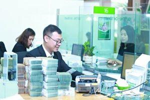 Tin chứng khoán 23/10: Vietcombank lãi 11.683 tỷ đồng sau 9 tháng, tăng 47%