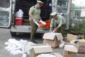 Đắk Lắk: Phát hiện xe ô tô vận chuyển 2.500 bao thuốc lá điếu ngoại nhập