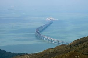 Điều chưa biết về cây cầu vượt biển dài nhất thế giới của Trung Quốc