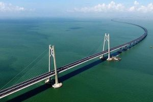 Cận cảnh cây cầu vượt biển dài nhất thế giới của Trung Quốc