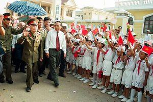 Nhớ về Đại tướng Võ Nguyên Giáp qua các bức ảnh của Trần Hồng