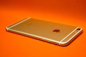 Hãy thay pin ngay cho tất cả smartphone từ iPhone 6 trở lên nếu gặp sự cố này...