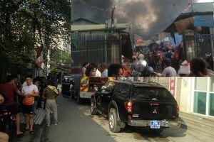 Hà Nội: Nổ khí gas trong ngôi nhà đang sửa, nhiều người hoảng sợ