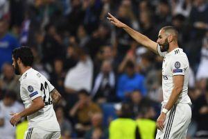 Benzema tự hào sánh ngang thành tích ghi bàn của Messi và Raul
