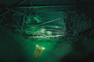 Tàu Hy Lạp cổ đại chìm dưới biển suốt 2.400 năm
