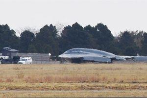 Mỹ khen phi công B-2 khi cứu máy bay gặp nạn