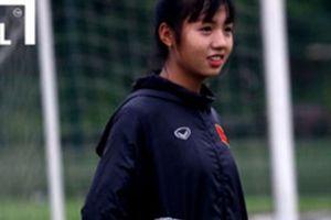 'Hot girl' bóng đá chia tay U19 nữ Việt Nam vì lý do bất đắc dĩ