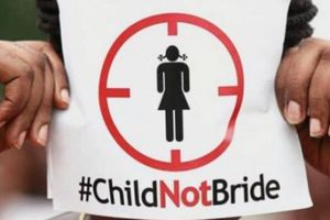 Sốc: Hàng ngàn đàn ông Malaysia muốn vợ phải dưới 18 tuổi
