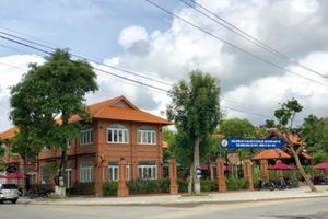 Quảng Ngãi: Quán cà phê 'khủng' mọc trên đất quy hoạch công viên
