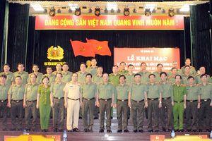 Khai giảng lớp Tập huấn điều lệnh, bắn súng quân dụng cho lãnh đạo cấp Cục và tương đương