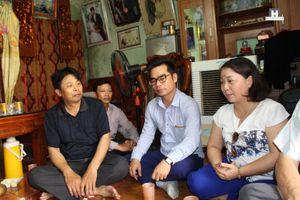 Hiến tặng hiện vật về Tín ngưỡng thờ mẫu