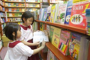 Bộ GD-ĐT báo cáo gì với Quốc hội về sách giáo khoa?