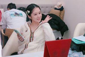 Jang Nara trẻ đẹp ngỡ ngàng ở tuổi U40