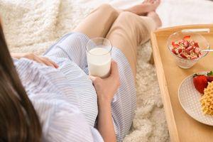 Lý giải thú vị khiến các chị em cứ mang bầu là 'CHẾT MÊ CHẾT MỆT' đồ ngọt