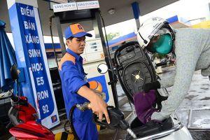 'Cứu' giá xăng dầu, quỹ bình ổn chỉ còn trên 1.700 tỉ đồng