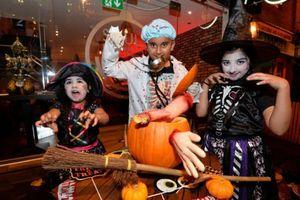 Những lưu ý khi sắm đồ hóa trang an toàn cho dịp lễ Halloween