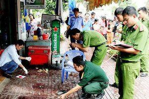 TP.HCM: Chủ quán cháo vịt rượt đuổi đâm thương vong 2 thanh niên