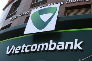 Nợ có khả năng mất vốn của Vietcombank vọt tăng, giá cổ phiếu giảm liên tục