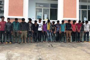 Bắt nhóm thanh niên phóng dao, ném đá khiến 2 người thương vong ở Gia Lai