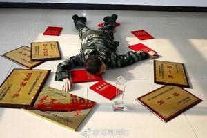 Trung Quốc khuyến khích công chức đăng ảnh 'ngã sấp mặt' trên mạng xã hội
