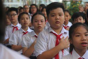 Hà Nội chống lạm thu trong trường học