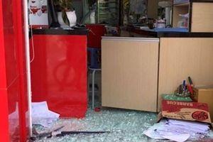 Bình Dương: Nhiều cửa hàng ngay mặt đường liên tiếp bị trộm cạy cửa 'viếng thăm'