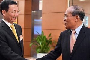 Chân dung tân Bộ trưởng Bộ TTTT Nguyễn Mạnh Hùng