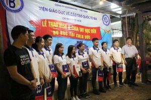 IBA trao visa cho học viên sang Đức học tập và làm việc