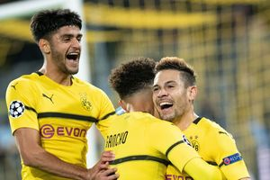 Champions League: 'Nhấn chìm' Atletico Madrid, Dortmund đặt một chân ở vòng sau