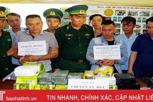 Hà Tĩnh: Bắt 2 đối tượng, thu 32 kg ma túy đá và 10 bánh heroin