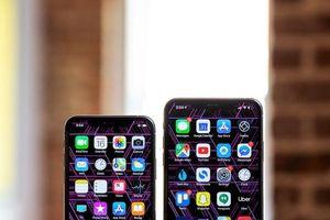 Ý nghĩa đầy bất ngờ về chữ 'S' và 'R' trên iPhone mới