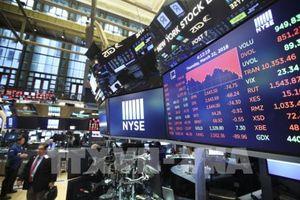 Cổ phiếu công nghệ mất giá nhấn chìm Phố Wall