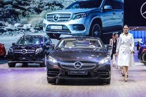 Gian hàng của Mercedes-Benz - tâm điểm của triển lãm ô tô Việt Nam 2018