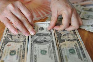 Đổi 100 USD xử phạt 90 triệu: Bất cập quản lý giao dịch ngoại tệ