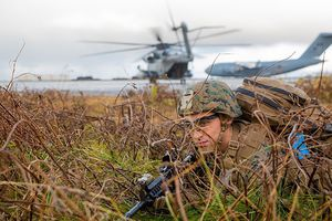 Lính thủy Mỹ diễn tập để đối phó với Nga ở Bắc Cực