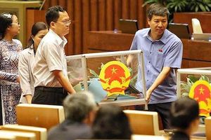 Quốc hội đang công bố kết quả lấy phiếu tín nhiệm đối với 48 chức danh