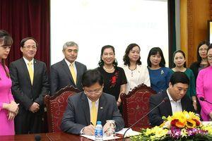Bộ VHTTDL ký kết thỏa thuận nâng cao hiệu quả giải quyết thủ tục hành chính