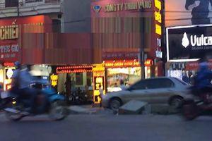 Mua bán USD ở Hà Nội dễ như đi chợ mua rau