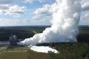 Đài phun nước khổng lồ làm mát tên lửa mới của NASA