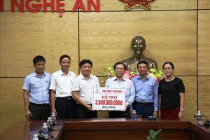 Thủy điện Bản Vẽ hỗ trợ người dân vùng lũ Nghệ An gần 4 tỉ đồng