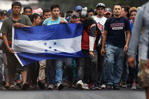 Bất ngờ trước nguyên nhân dòng người di cư Honduras đổ về Mỹ