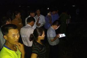 4 công nhân bị điện giật tử vong khi đang thi công trên cánh đồng