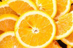 Ăn trái cây họ cam quýt giúp ngừa đột quỵ