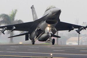 Mỹ 'thẳng tiến' bán lô vũ khí 330 triệu USD cho Đài Loan