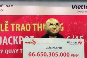 Xổ số Vietlott: Lộ diện người phụ nữ Quảng Ninh nhận giải thưởng 'khủng' hơn 66,6 tỷ đồng
