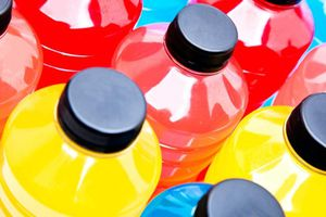 8 món ăn, đồ uống gây hại răng hơn cả bánh kẹo