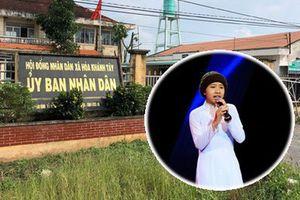 Trưởng CA xã bị khiển trách vì 'vòi' 300 triệu để làm CMND cho con gái nuôi ca sĩ Quang Lê