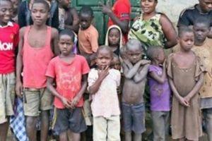 Cưới chồng năm 12 tuổi, người phụ nữ đẻ 44 đứa con khiến ai cũng choáng